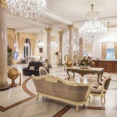 Отель Grand Hotel Rimini Италия, Римини - 4 отзыва об отеле, цены и фото номеров - забронировать отель Grand Hotel Rimini онлайн интерьер отеля фото 3