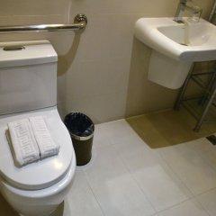 Отель Discovery Country Suites Филиппины, Тагайтай - отзывы, цены и фото номеров - забронировать отель Discovery Country Suites онлайн ванная фото 2