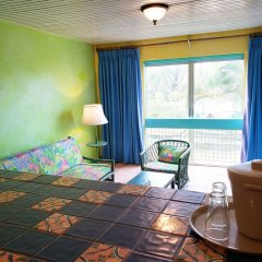 Doctors Cave Beach Hotel комната для гостей фото 5
