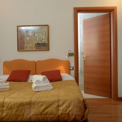 Отель La Terrazza Foscolo - con Parcheggio Флоренция сейф в номере