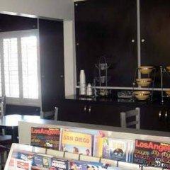 Отель Comfort Inn Near the Sunset Strip США, Лос-Анджелес - отзывы, цены и фото номеров - забронировать отель Comfort Inn Near the Sunset Strip онлайн развлечения