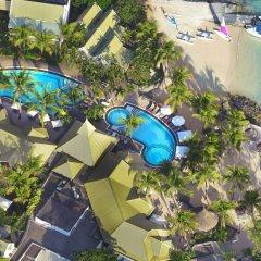 Veranda Grand Baie Hotel & Spa бассейн