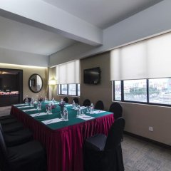 Отель REGALPARK Hotel Kuala Lumpur Малайзия, Куала-Лумпур - отзывы, цены и фото номеров - забронировать отель REGALPARK Hotel Kuala Lumpur онлайн помещение для мероприятий