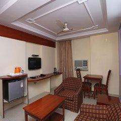 OYO 645 Hotel Tourist Deluxe комната для гостей фото 5