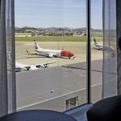 Отель Scandic Stavanger Airport Норвегия, Сола - отзывы, цены и фото номеров - забронировать отель Scandic Stavanger Airport онлайн балкон