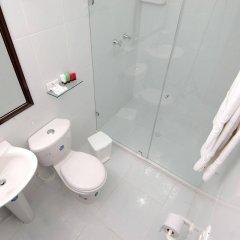 Отель Boutique Karlo Колумбия, Кали - отзывы, цены и фото номеров - забронировать отель Boutique Karlo онлайн ванная