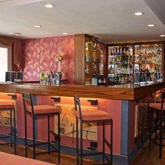 Отель RVHotels Tuca гостиничный бар фото 3