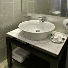 Отель Alassia Hotel Греция, Афины - 1 отзыв об отеле, цены и фото номеров - забронировать отель Alassia Hotel онлайн ванная