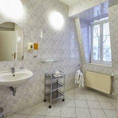 Hotel Rehavital Яблонец-над-Нисой ванная