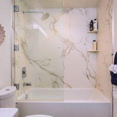 Отель New Urban Downtown LA Luxury Apartment США, Лос-Анджелес - отзывы, цены и фото номеров - забронировать отель New Urban Downtown LA Luxury Apartment онлайн ванная фото 2