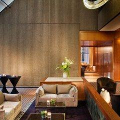 Отель Omni Mont-Royal Канада, Монреаль - отзывы, цены и фото номеров - забронировать отель Omni Mont-Royal онлайн гостиничный бар