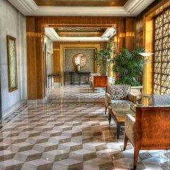 Radisson Blu Plaza Xing Guo Hotel интерьер отеля