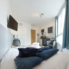 Отель BtoBed Paris Le Bourget комната для гостей