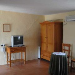 Отель La Molinera Bungalows комната для гостей