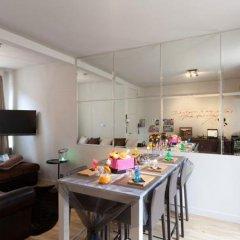 Отель Holidayhome Bruges @ Home в номере