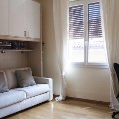 Отель San Domenico Apartment Италия, Болонья - отзывы, цены и фото номеров - забронировать отель San Domenico Apartment онлайн комната для гостей фото 3
