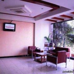 Отель Regale Inn Индия, Нью-Дели - отзывы, цены и фото номеров - забронировать отель Regale Inn онлайн интерьер отеля фото 3