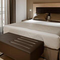 Отель Catalonia Atocha сейф в номере