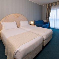 CDH Hotel Villa Ducale Парма сейф в номере