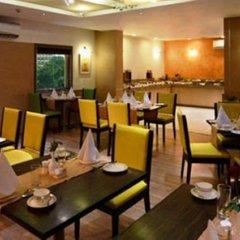 Отель Tulip Inn West Delhi питание фото 3