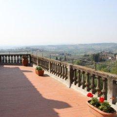 Отель La Cisterna Италия, Сан-Джиминьяно - 1 отзыв об отеле, цены и фото номеров - забронировать отель La Cisterna онлайн приотельная территория