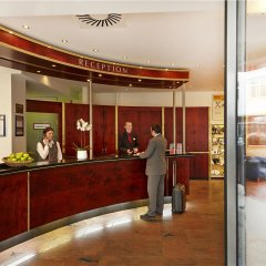 H+ Hotel Berlin Mitte интерьер отеля