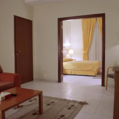 Al Fanar Palace Hotel and Suites комната для гостей фото 9