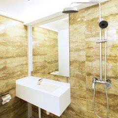 Отель 5footway.inn Project Ann Siang ванная фото 2