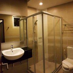 Отель April Suites Pattaya Паттайя ванная
