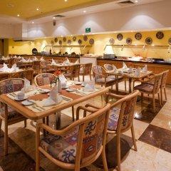 Отель Holiday Inn Puebla La Noria питание