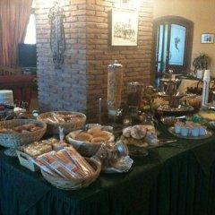 Отель Degli Amici Италия, Помпеи - отзывы, цены и фото номеров - забронировать отель Degli Amici онлайн питание фото 2