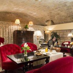 Hotel des Marronniers гостиничный бар
