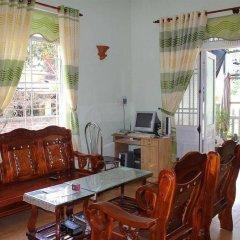 Отель Cam Chau Homestay интерьер отеля
