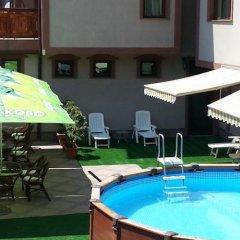 Отель Martin Club Hotel Болгария, Банско - отзывы, цены и фото номеров - забронировать отель Martin Club Hotel онлайн бассейн