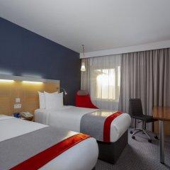 Отель Holiday Inn Express Birmingham Redditch комната для гостей