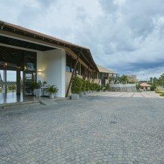 Отель The Calm Resort & Spa парковка
