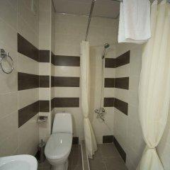 Отель Log Inn Boutique Тбилиси ванная фото 2