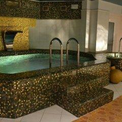 TB Palace Hotel & SPA бассейн фото 2