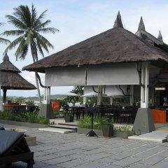 Отель Samaya Bura Beach Resort - Koh Samui гостиничный бар