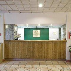 Отель Americas Best Value Inn Fort Worth/Hurst интерьер отеля