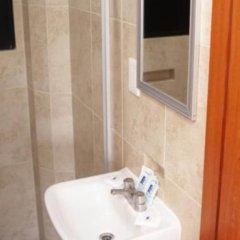 Отель Lira - Solo Adultos Мексика, Мехико - отзывы, цены и фото номеров - забронировать отель Lira - Solo Adultos онлайн ванная