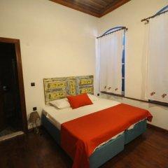 Bergama Tas Konak Турция, Дикили - 1 отзыв об отеле, цены и фото номеров - забронировать отель Bergama Tas Konak онлайн комната для гостей фото 5