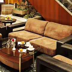 Отель Admiral Plaza Hotel Dubai ОАЭ, Дубай - отзывы, цены и фото номеров - забронировать отель Admiral Plaza Hotel Dubai онлайн интерьер отеля
