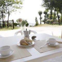 Отель Camping Zocco Centro Vacanze Манерба-дель-Гарда питание