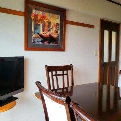 Апартаменты Umi No Mieru Apartment Центр Окинавы удобства в номере фото 2