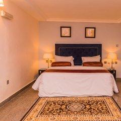 Апартаменты Bolton White Hotels and Apartments комната для гостей