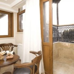 Dom Hotel балкон