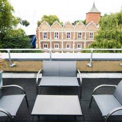 Отель Safestay London Kensington Holland Park Великобритания, Лондон - 1 отзыв об отеле, цены и фото номеров - забронировать отель Safestay London Kensington Holland Park онлайн балкон