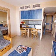 Апартаменты Vistasol Apartments комната для гостей фото 4