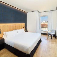 Отель H10 Puerta de Alcalá комната для гостей